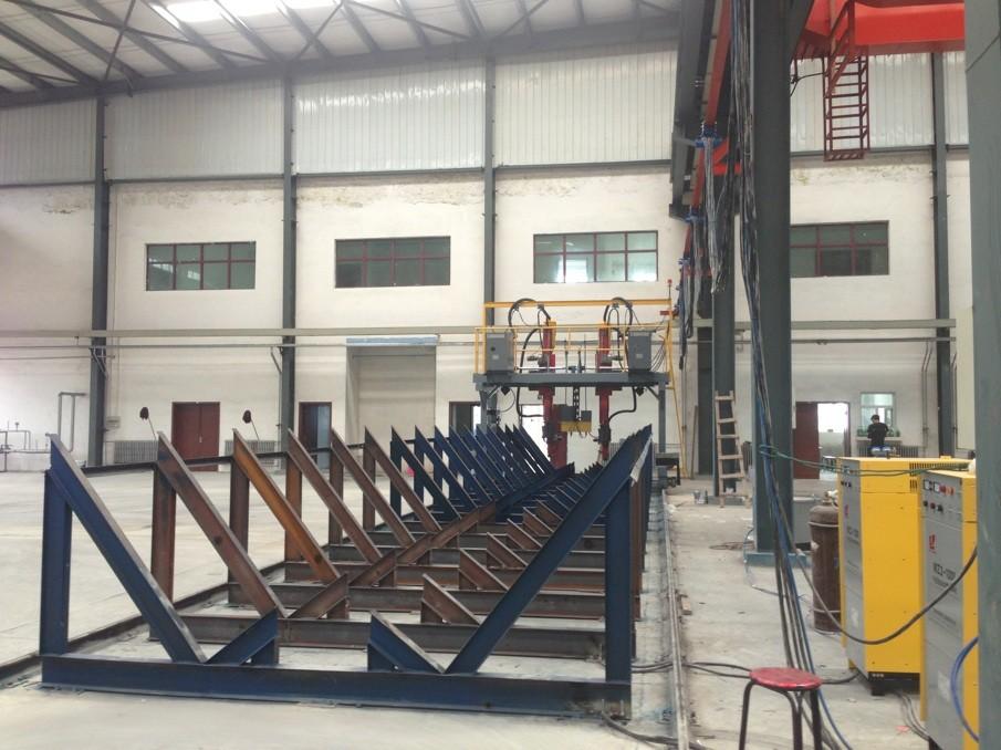 公司介绍 青海宇强钢结构工程有限公司是一家集钢结构设计,制造,安装